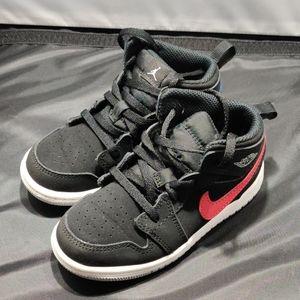 Nike Air Jordan AJ 1 Mid  Toddler Shoe Sz 9C